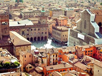 Город-музей Болонья