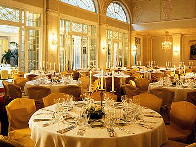 Обзор ресторанов гостиницы Астория