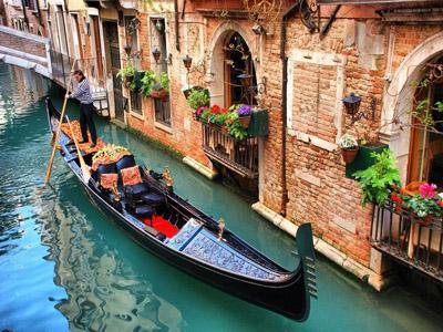 Романтичная Венеция, воспетая всеми видами искусств