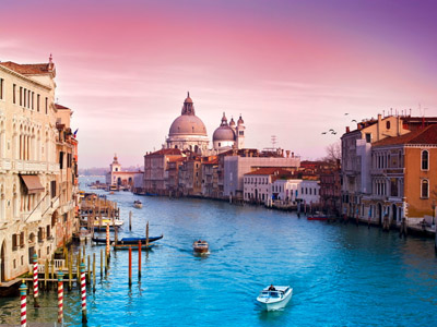Венеция: карнавал на воде
